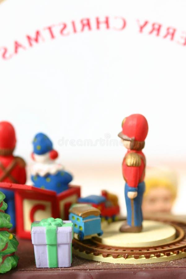 Brinquedos em um indicador de loja do brinquedo fotografia de stock