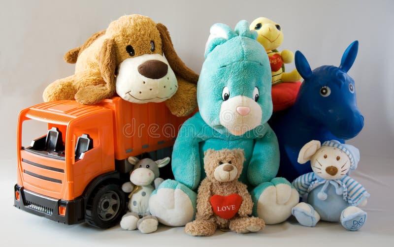 Brinquedos - família alegre imagens de stock royalty free