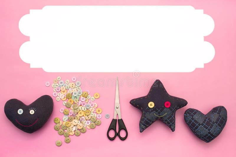 Brinquedos feitos a mão macios Materiais para botões artísticos, tesouras, estrela do brinquedo ilustração do vetor