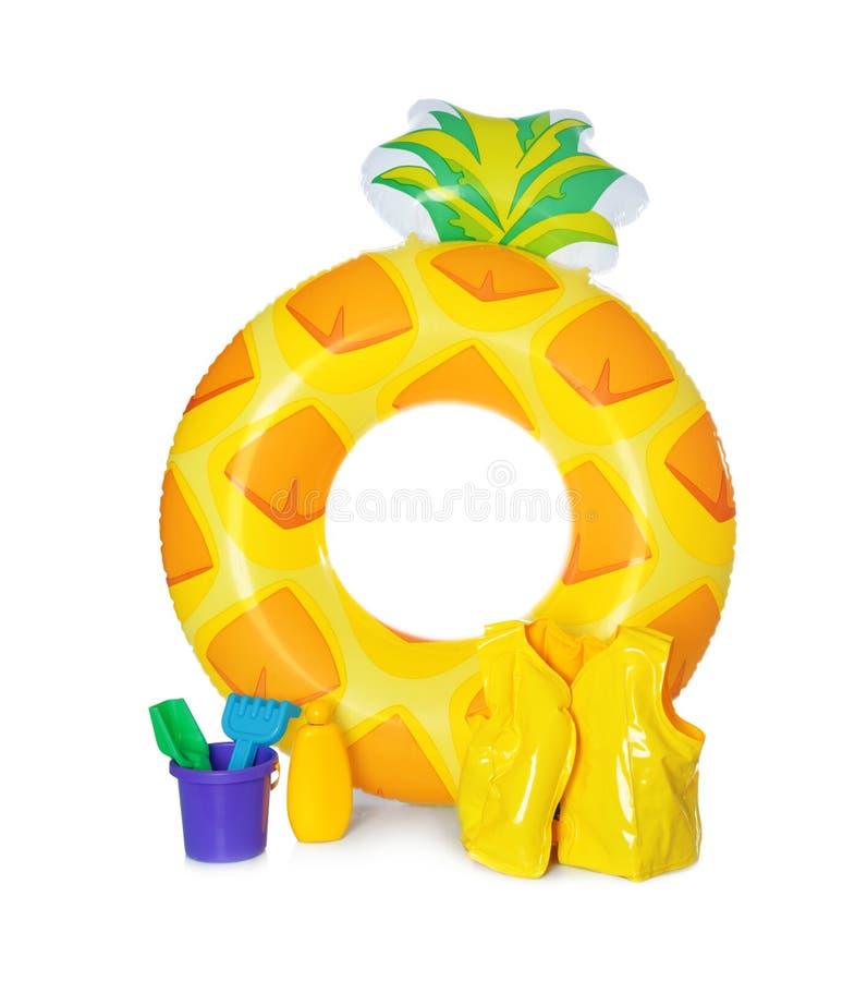 Brinquedos isolados de anel, colete e praia, insufláveis imagem de stock royalty free