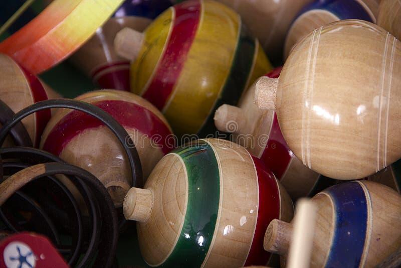 Brinquedos mexicanos tradicionais de Trompos fotografia de stock