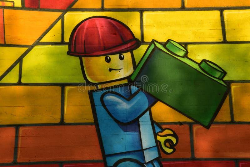 Briques sur le mur de cru photo libre de droits