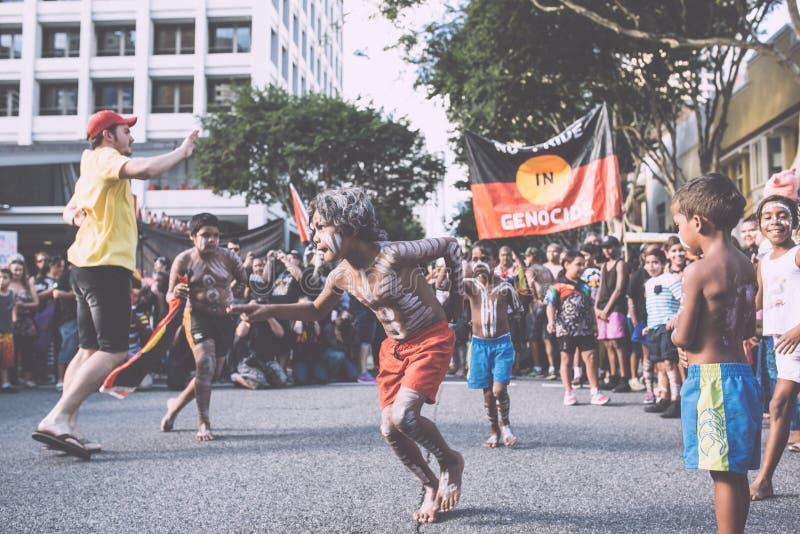 Brisbane Aborigional som tvingas stängningsmars royaltyfria foton