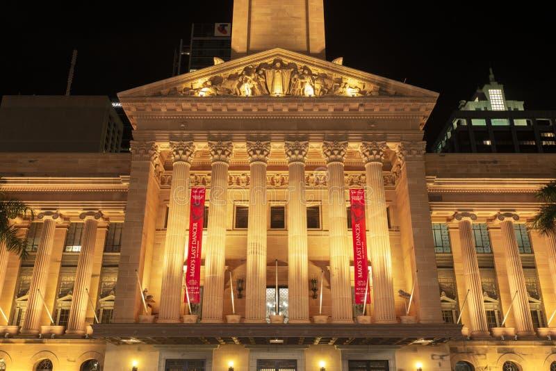 BRISBANE, AUS - 28 avril 2018 : Ville hôtel de Brisbane la nuit photos stock