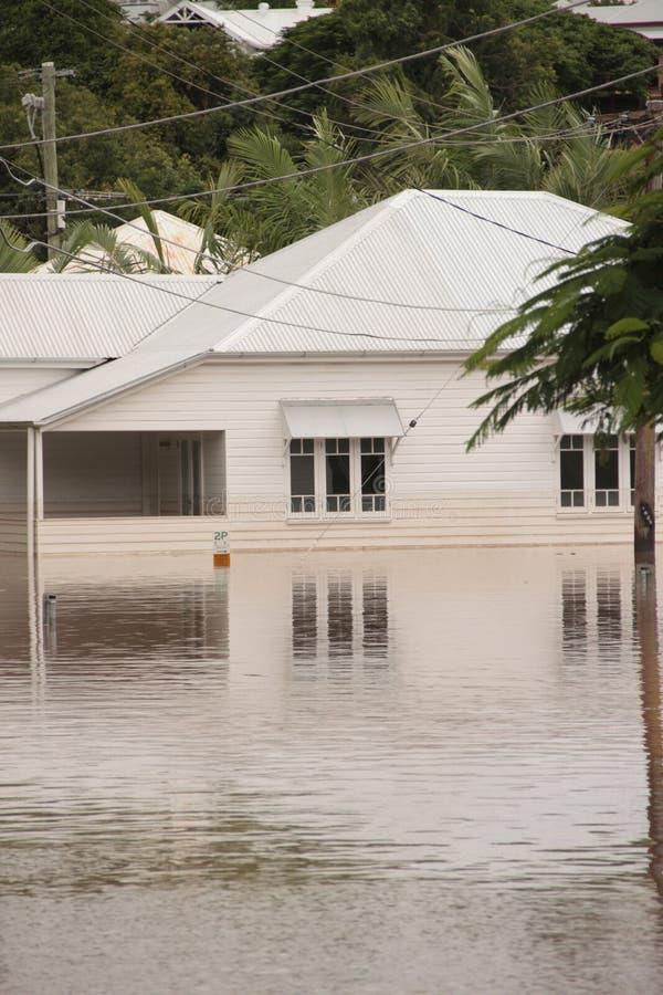 BRISBANE, AUSTRÁLIA - JANEIRO 13: Inundação fotos de stock