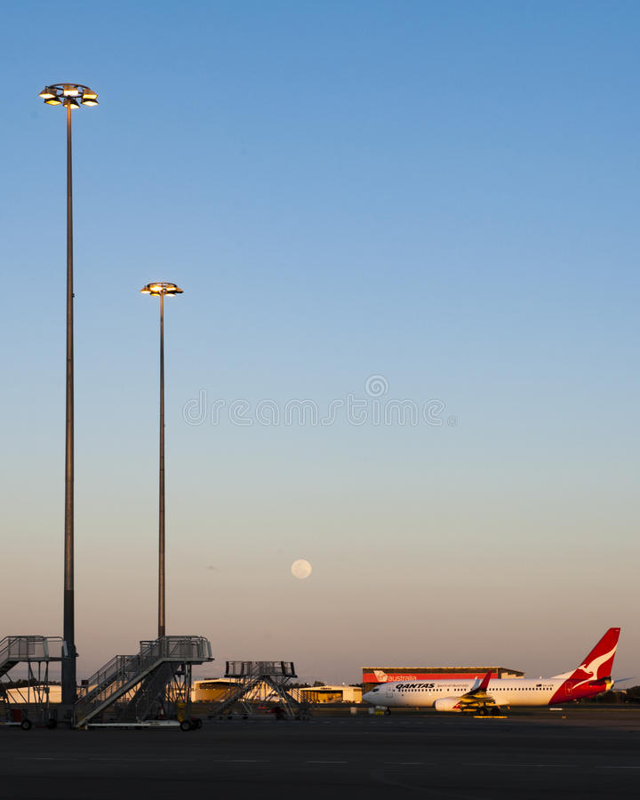 Brisbane lotnisko przy półmrokiem obraz stock