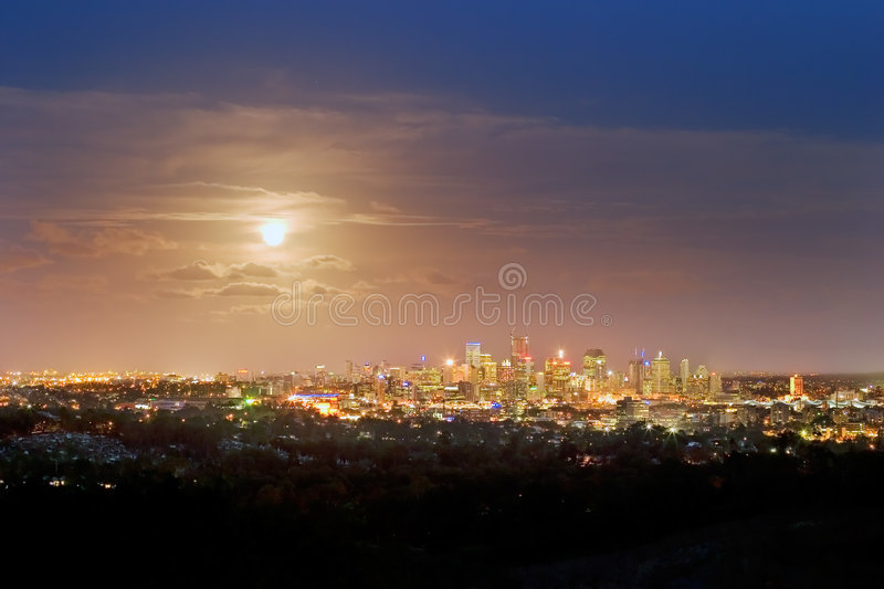 Brisbane par nuit photos stock