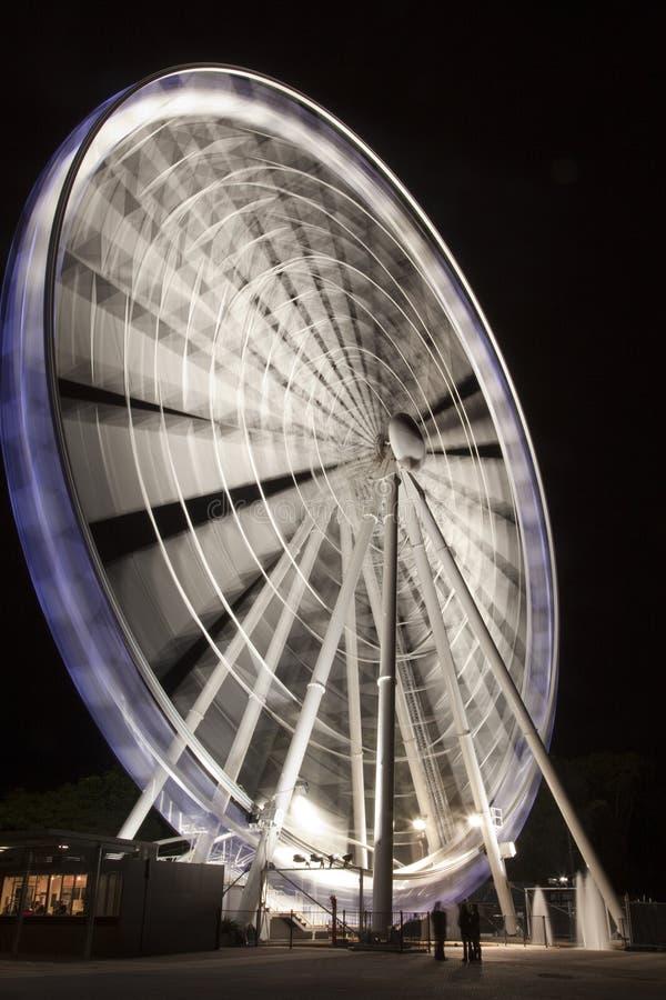 Brisbane-Rad nachts stockbilder