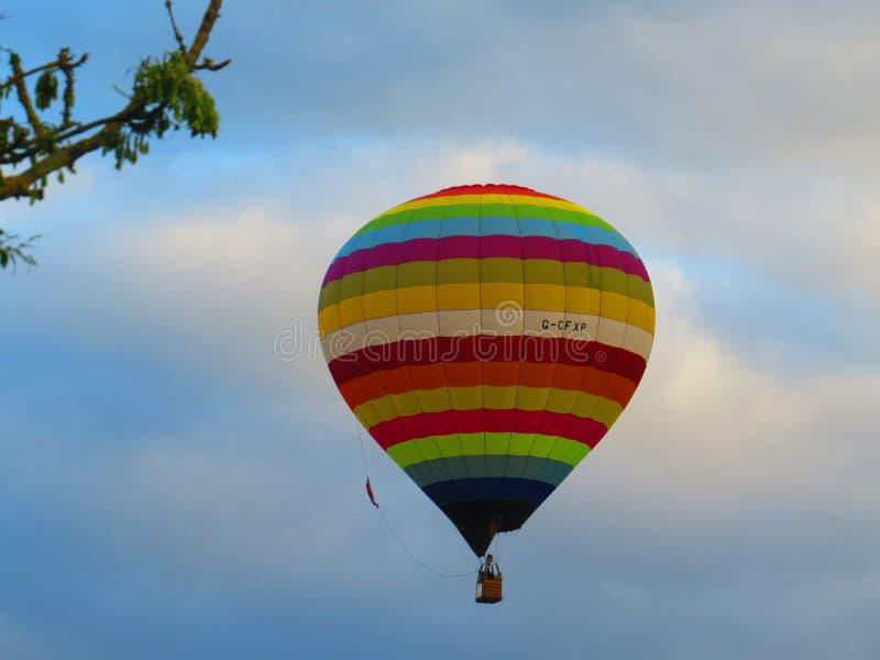Bristol Balloons - aumentando altamente fotografia de stock royalty free