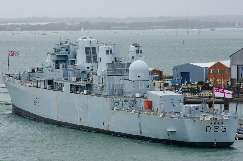 Bristol Royal Navy Destroyer D23 no porto de Portsmouth foto de stock