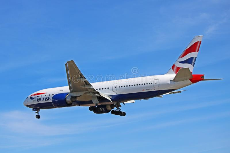 British Airways Boeing 777-200 en vol photo libre de droits