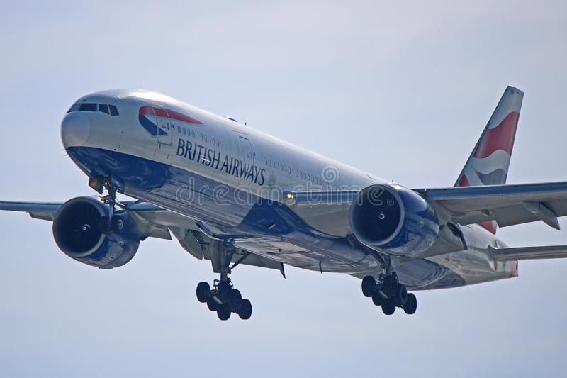 British Airways Boeing 777-200ER dans la fin image stock