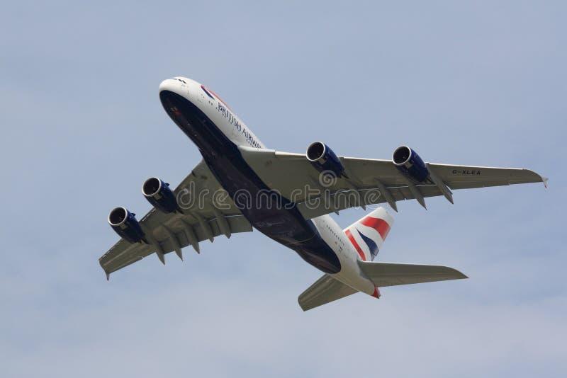 British Airways A380 na wspinaczce fotografia royalty free