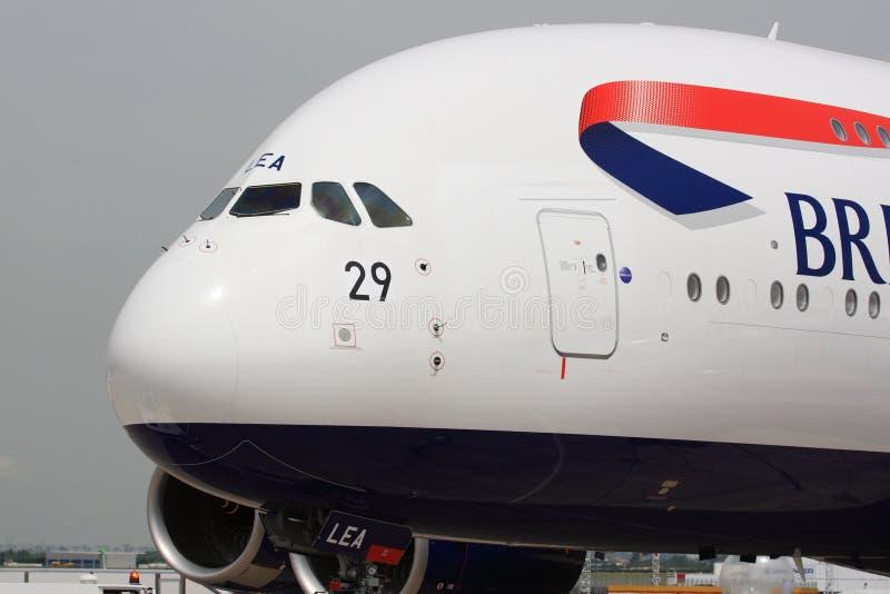 British Airways A380 på Paris Airshow royaltyfri foto