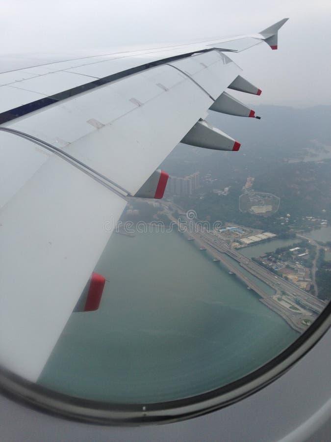 British Airways samolot nad Hong Kong, zdjęcia stock