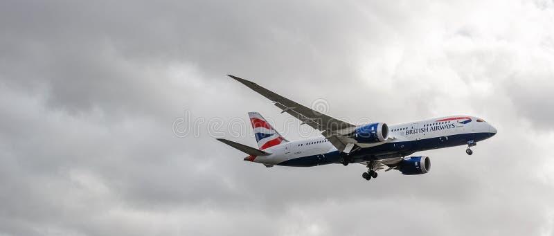 British Airways strumienia l?dowanie przy Heathrow zdjęcie royalty free