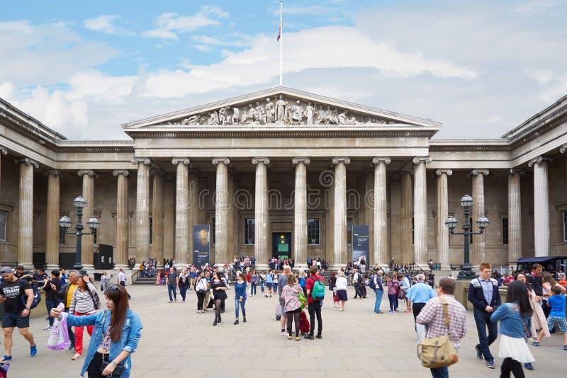 British Museum budynek z ludźmi fotografia stock