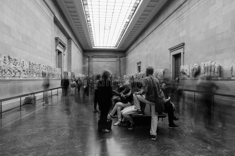 British Museum - Timelaps in de Duveen-Galerij stock afbeeldingen