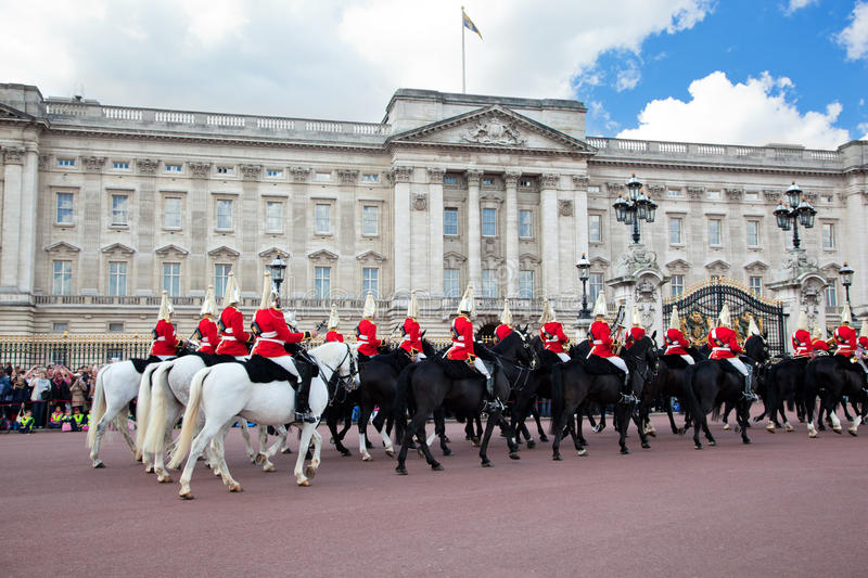 Download British Royal Guards Perform The Changing Of The Guard In Buckingham Palace Editorial Photography - Image: 31366487