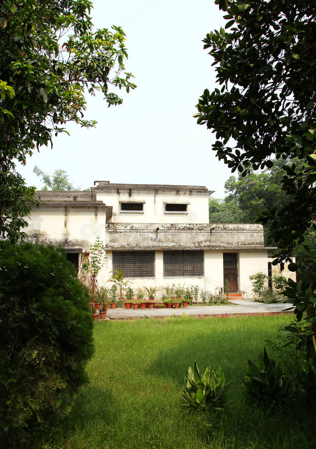 British time houses in IIT Roorkee campus with rooms and well ventilation. ROORKEE, INDIA - JULY 03: Old British time houses for faculty residence in the campus stock photography