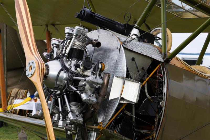 Britse tweedekkervliegtuigen van de Eerste replica van Wereldoorlogsopwith Strutter stock afbeeldingen