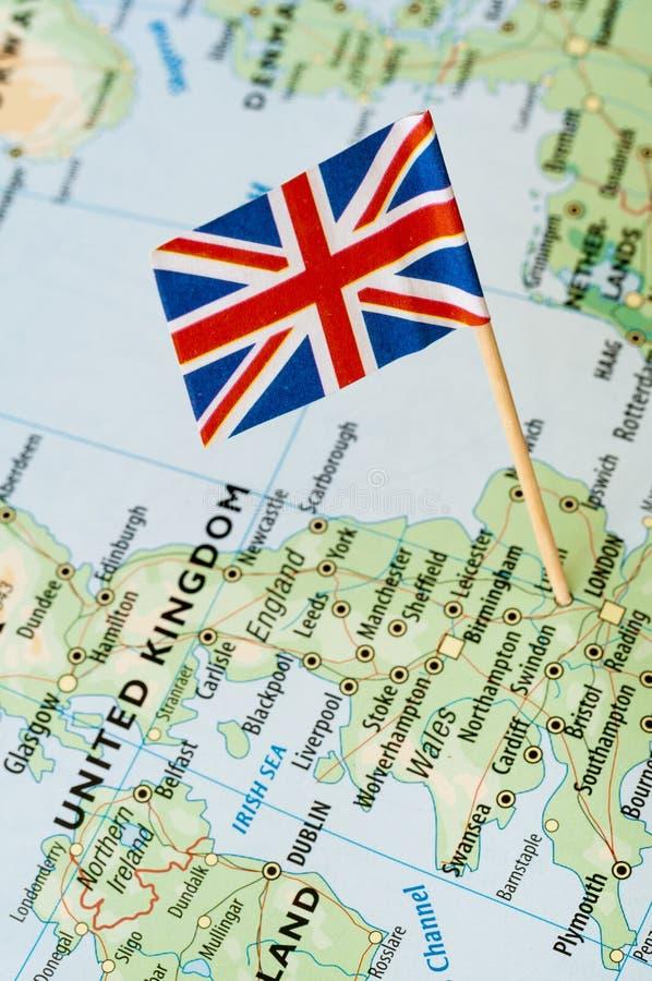 Britse vlag op kaart royalty-vrije stock foto