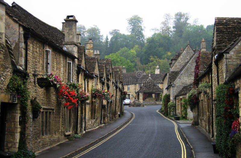 brittisk england gammal gata royaltyfri foto