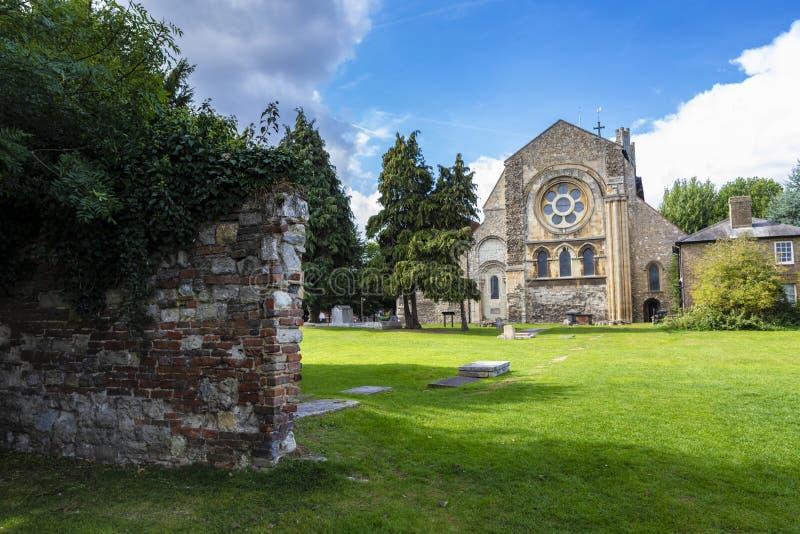 Brittisk gränsmärkekyrka av Waltham Abbey Town royaltyfri foto