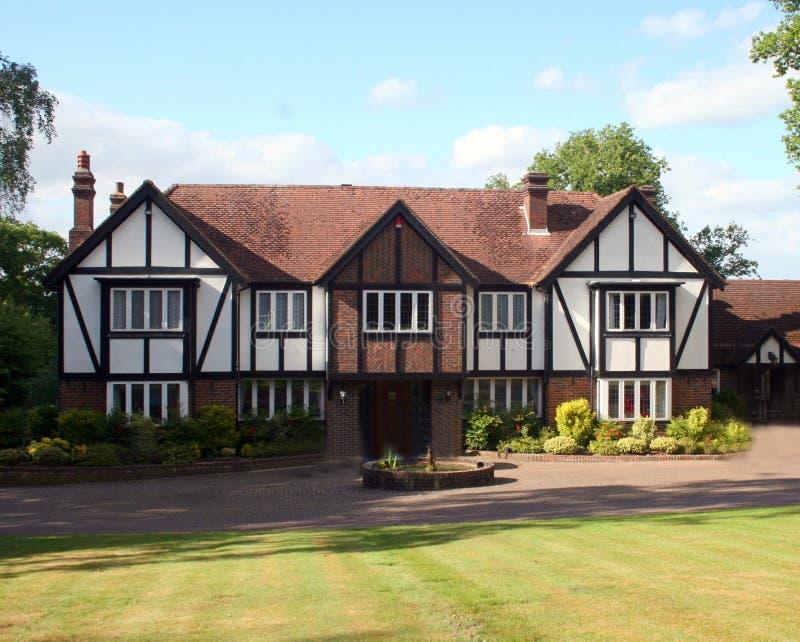 brittisk home tudor royaltyfri foto