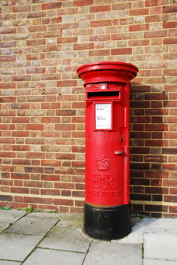 Brittisk postbox royaltyfri foto