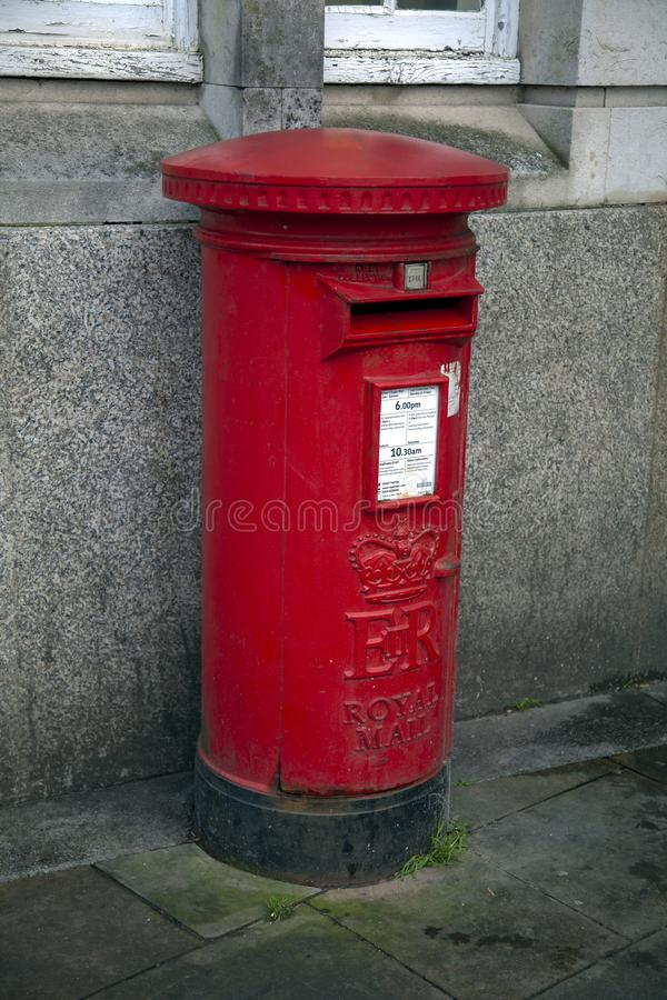brittisk stolpered för ask royaltyfria bilder