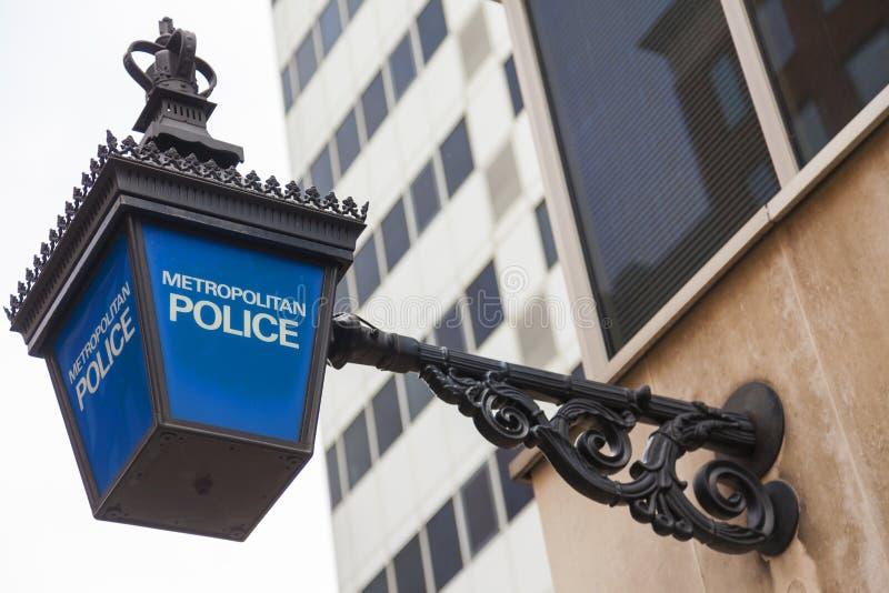Brittiskt storstads- polislamptecken arkivfoton