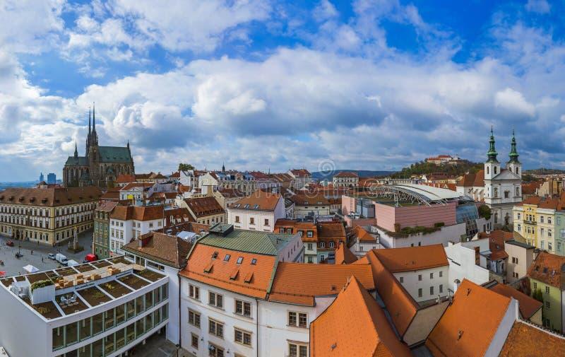 Brno cityscape in Tsjechische Republiek stock afbeeldingen
