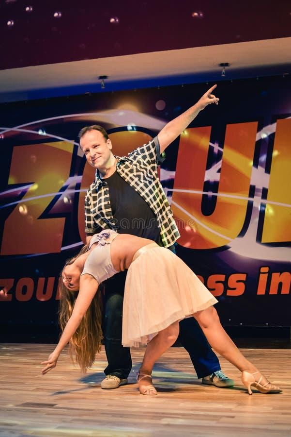 Brno, republika czech - Luty 5th 2017: Brazylijski tana przedstawienie utalentowanymi tancerzami obrazy royalty free