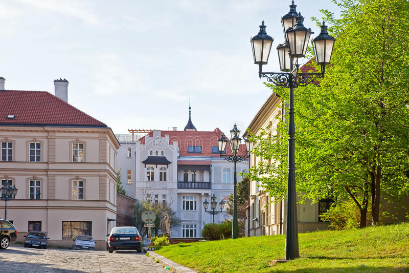 Brno. Rua na cidade velha fotos de stock royalty free