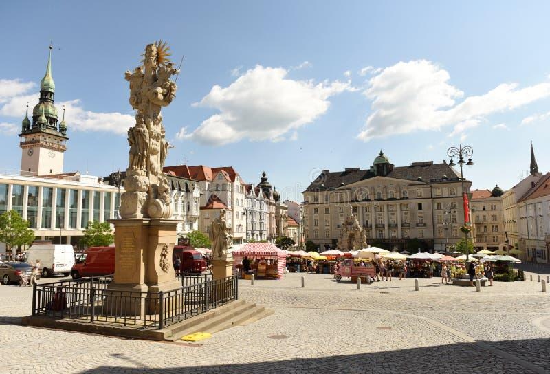 Brno, Tsjechische Republiek - 01 Juni, 2017: Het Vierkant van de koolmarkt in B stock foto's