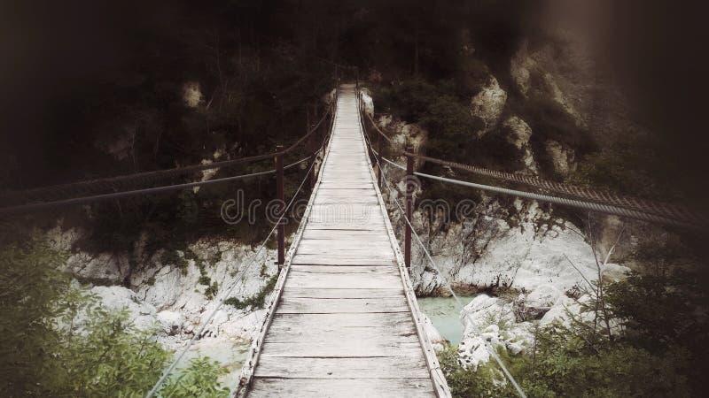 Bro över Soca royaltyfri foto