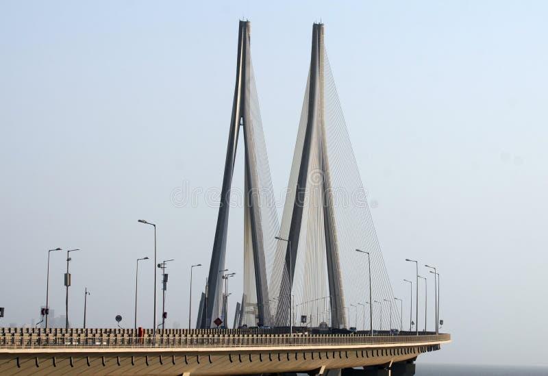 Bro för Bandra Worli havssammanlänkning av Mumbai royaltyfria bilder