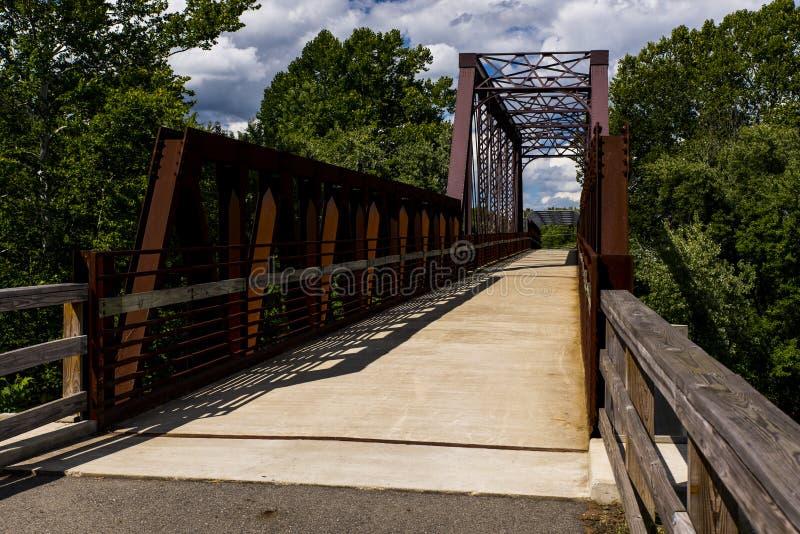 Bro för Erie järnvägMahoning flod arkivbilder