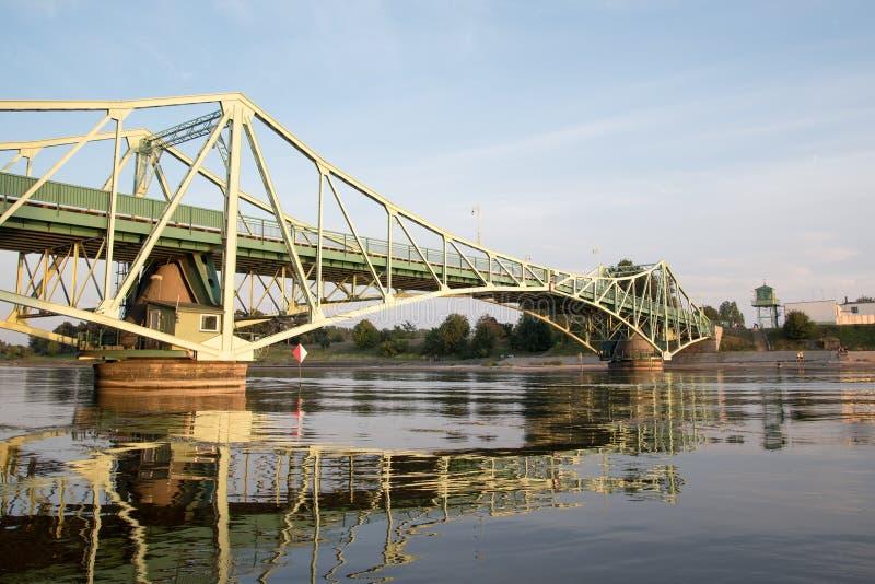 Bro i Liepaja, Lettland arkivfoton