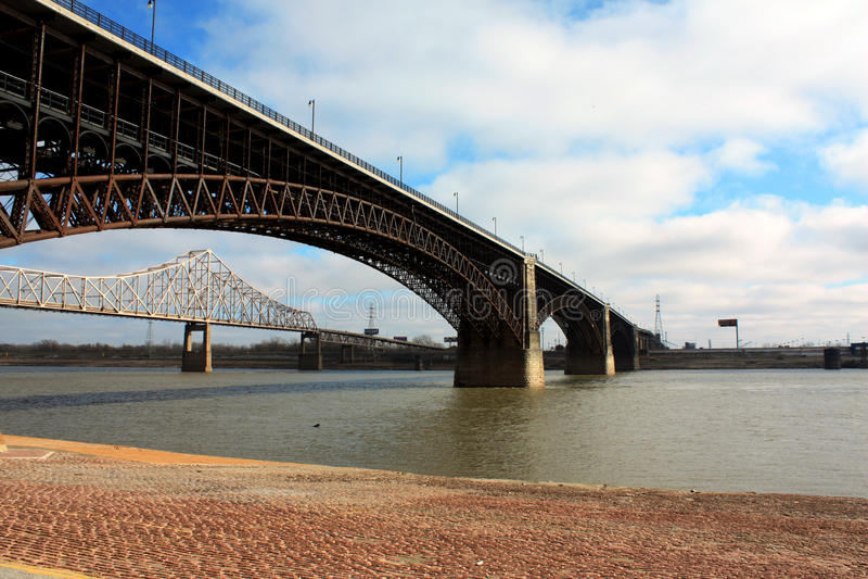 Bro i St Louis, USA royaltyfri fotografi