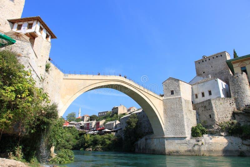 bro mest mostar stari arkivbild