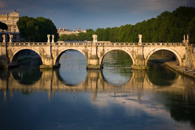 bro roma s arkivbild