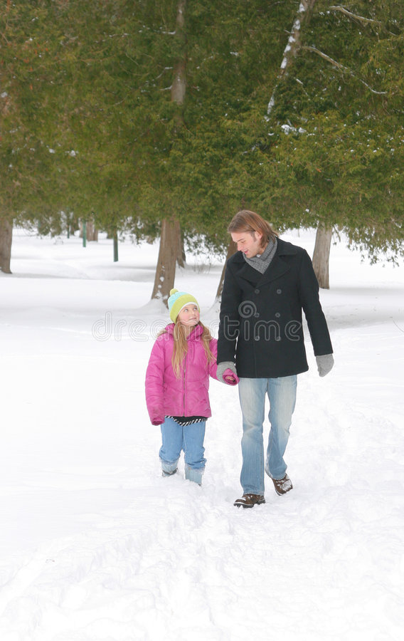 Bro und SIS im Winter stockfoto