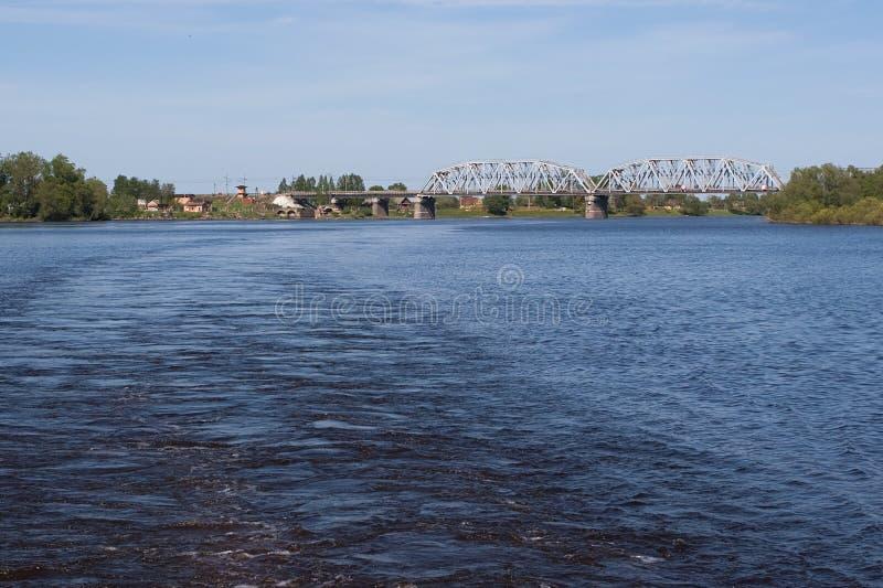 bro volga arkivfoton