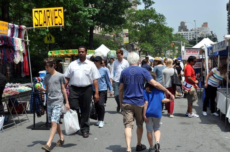 broadway节日nyc街道较大 免版税图库摄影