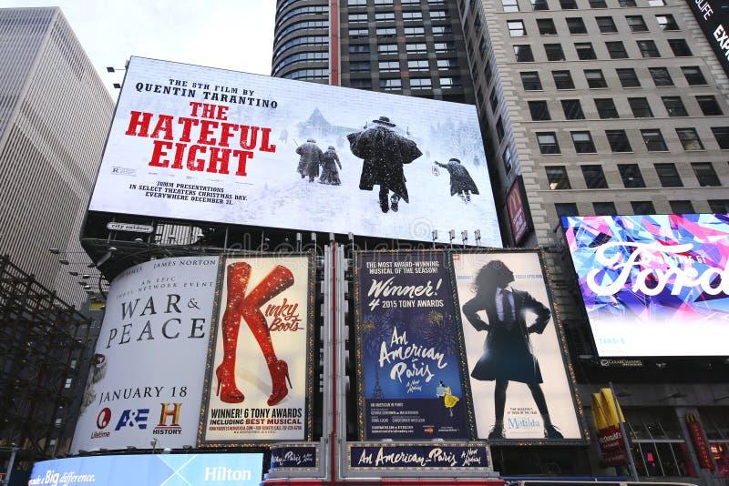 Broadway assina dentro Manhattan imagem de stock royalty free