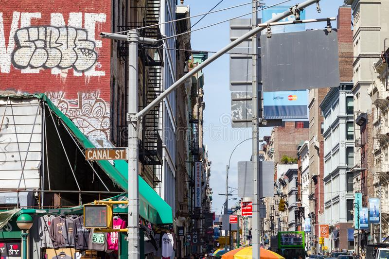 Broadway en Canal Street in de Stad van New York stock foto's