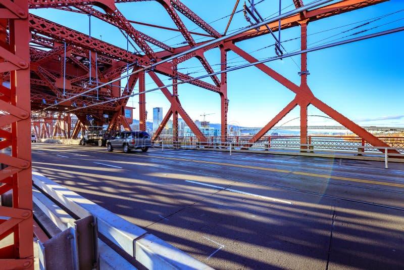 Broadway most w w centrum Portland, LUB zdjęcie stock