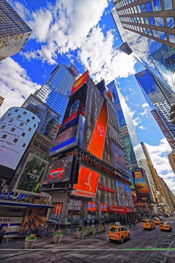 Broadway 42nd w środku miasta Manhattan i Zachodnia ulica zdjęcia royalty free